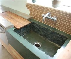 Concrete sinks grow in popularity and fit a range of design styles. DC Custom Concrete San Diego, CA (Diy Cutting Board Countertop) Custom Countertops, Concrete Countertops, Granite, Concrete Sink Molds, Diy Concrete, Draining Board, Outdoor Sinks, Walking The Plank, Deco Nature