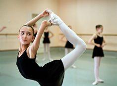 "Rachel Papo ""Desperately Perfect"" photography project: Vaganova Ballet Academy"