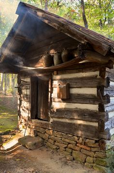 Smoke House with stoneware jugs on shelf above door. Old Cabins, Log Cabin Homes, Cabins And Cottages, Cabins In The Woods, Rustic Cabins, Getaway Cabins, Refuge, Smokehouse, Cozy Cabin