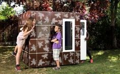 Modern outdoor playhouse for kids - Casaforum