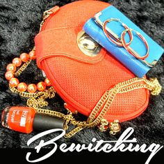 How much is too much? You simply can't stop looking for more... ACCESSORIES!!!