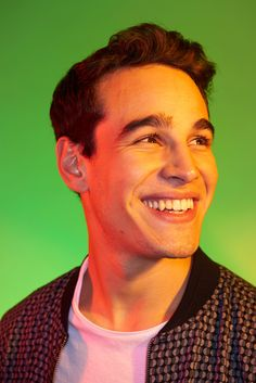 'Shadowhunters' Cast Portraits from New York Comic Con Shadowhunters Tv Series, Actor Quotes, Simon Lewis, Clace, Abc Family, Shadow Hunters, Cassandra Clare, The Mortal Instruments, Comic Con
