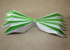 Fotopostup na lekno z papiera 12 3d Origami, Tableware, Dinnerware, Dishes, Place Settings, Porcelain