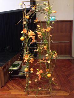 blomster med applinse Fruit, Plants, Plant, Planets