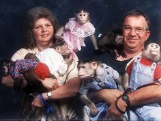 This is the most awful thing i have ever seen. Ahhh i hate monkeys
