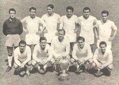 1956 Real Madrid De pie, de izquierda a derecha: Alonso, AtienzaII, Marquitos; Lesmes, Muñoz y Zárraga. Agachados: Joseíto, Marshal, Di Stéfano, Rial y Gento.
