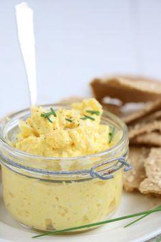 Eiersalade met kerrie en mosterd