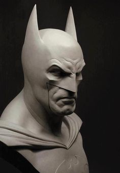 Batman sculpture by Monsterpappa