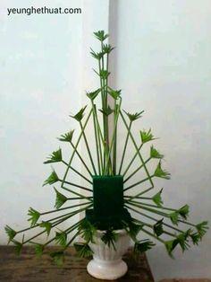 Easter Flower Arrangements, Tropical Floral Arrangements, Creative Flower Arrangements, Ikebana Flower Arrangement, Ikebana Arrangements, Beautiful Flower Arrangements, Tropical Flowers, Beautiful Flowers, Altar Flowers