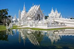 Do you love to go to a trip, as much as I do? I am pretty sure, the answer is yes :-) In this post you will find some very useful info about the beautiful country of Thailand. Enjoy the article and have fun your vacation in Thailand. 2 Weeks In Thailand, Visit Thailand, Thailand Travel, Thailand Honeymoon, Chiang Rai, Madison Square Garden, White Temple Thailand, Places To Travel, Places To Visit