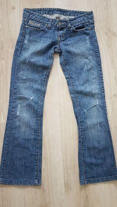 5fafd496bbcb Superbe pantalon jeans Diesel taille 38 voir mes autres annonces