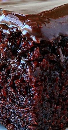 One-Bowl Chocolate Cake Recipe rich and decadent moist chocolate cake made in just one bowl. The fudgy frosting is irresistible! The post One-Bowl Chocolate Cake Recipe appeared first on Win Dessert. One Bowl Chocolate Cake Recipe, Best Chocolate Cake, Homemade Chocolate, Chocolate Recipes, German Chocolate, Easy Moist Chocolate Cake, Death By Chocolate Cake, Decadent Chocolate Cake, Betty Crocker Chocolate Frosting Recipe