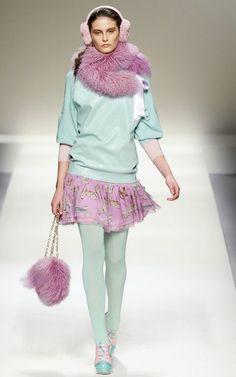 Pastel blu girl 2012 yaz geldı ama renkler harıka
