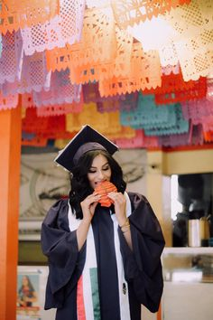 graduation poses Mexican Graduation Session in San Francisco, California. Graduation Picture Poses, College Graduation Pictures, Graduation Photoshoot, Grad Pics, High School Graduation, Graduation Stole, Graduation Outfits, Graduation Portraits, Graduation Cap Designs