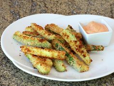 Easy and Crunchy Panko and Parmesan Coated Zucchini Fries