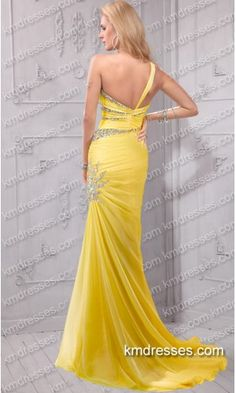 Fabulous sleek crystals beaded one shoulder prom gown.prom dresses,formal dresses,ball gown,homecoming dresses,party dress,evening dresses,sequin dresses,cocktail dresses,graduation dresses,formal gowns,prom gown,evening gown.
