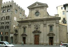 Santa Trinita: la sobrietà romanica e l'imponenza tardomanierista