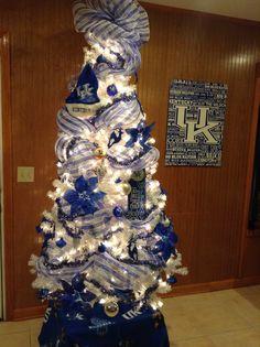 UK Wildcats Christmas tree 2013