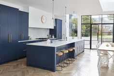 Are you planning on updating or refitting your kitchen? Boutique design studio Blakes London highlight 8 of the latest kitchen trends for 2019 to help you style out your kitchen this year. Home Decor Kitchen, Kitchen Living, Kitchen Furniture, New Kitchen, Home Kitchens, Kitchen Ideas, Modern Shaker Kitchen, Contemporary Kitchen Island, 10x10 Kitchen