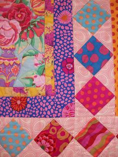 Kaffe Fassett quilt 101_0091 by claire@paintdropskeepfalling.wordpress.com, via Flickr
