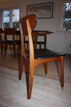Perfect kitchen chairs, right? Kitchen Chairs, Dining Chairs, Interior, Furniture, Home Decor, Decoration Home, Indoor, Room Decor, Kitchen Stools