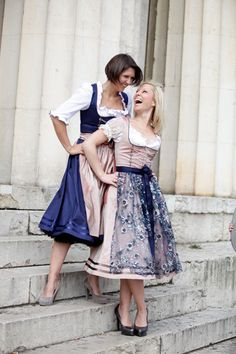 The lovely pairing of pale pink and navy blue at work in two Marianne Kranz dirndls. #dress #dirndl #German #Austrian #traditional #folk #costume #trachten #tracht #pink