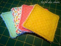Petit tutoriel: lingettes lavables – Au Fil Des Chats Tuto washable wipes Small tutorial: wipesWashable and pet wipesWashable and pet wipes Baby Couture, Couture Sewing, Recycle Old Clothes, Diy Clothes, Diy Vintage, Wie Macht Man, Leftover Fabric, Clothing Tags, Practical Gifts