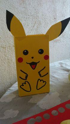 Pikachu favors party