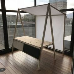 How to Build a Collapsible Farmers Market Stand – DIY projects for everyone! Market Stall Display, Farmers Market Display, Market Displays, Farmers Market Stands, Craft Fair Displays, Kiosk Design, Booth Design, Store Design, Pop Up Market