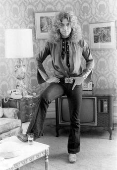 At home with Robert Plant....He was sooo gorgeous back then...