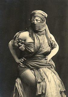 Loie Fuller as Salomé. Circa 1907. From Florent Schmitt's (1870-1958) Ballet - LaTragédie de Salomé.