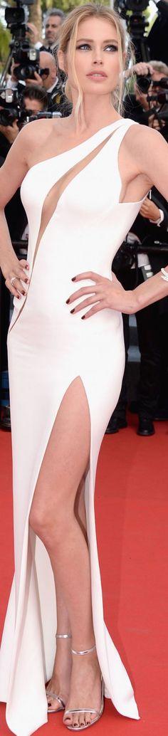Doutzen Kroes in Atelier Versace 2015 Cannes Film Festival