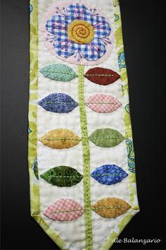 Flower mini quilt, free pattern