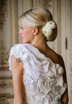 Coiffure de mariée : La queue de cheval bouclée de Franck Provost - Marie Claire