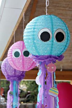 Fabulously Simple DIY Lantern Jellyfish