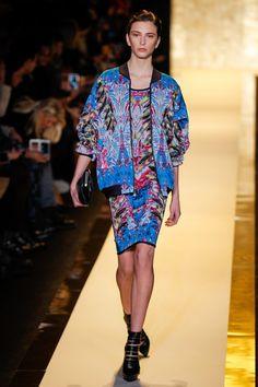 Pin for Later: Seht alle Trends der New York Fashion Week in weniger als fünf Minuten! Hervé Léger by Max Azria
