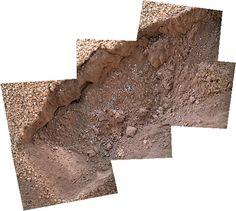 """Curiosity sol 67 subframe MAHLI excavation's scoop - """"Courtesy NASA/JPL -Caltech"""" processing 2di7 & titanio44"""