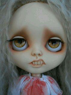 Blythe vampire Halloween