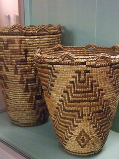 Multipurpose Native American Baskets from tribes of the Columbia Basin - Photographed at the Maryhill Museum of Art in Goldendale, Washington ❤ Native American Baskets, Native American Pottery, Native American Indians, Weaving Art, Weaving Patterns, Hand Weaving, Native Indian, Native Art, Making Baskets