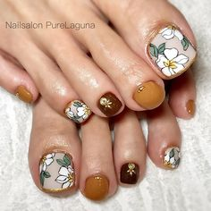 Make an original manicure for Valentine's Day - My Nails Pedicure Designs, Pedicure Nail Art, Toe Nail Designs, Toe Nail Art, Hair And Nails, My Nails, Feet Nail Design, Pretty Toe Nails, Feet Nails
