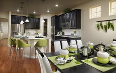Are you KEEN on the use of GREEN in this kitchen?!