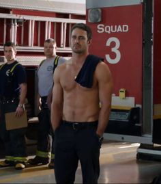 Taylor Kinney I hate you Lady Gaga! Lady Gaga, West Virginia, Taylor Kinney Chicago Fire, Chicago Shows, Chicago Med, Men In Uniform, Hot Actors, Thing 1, Famous Men