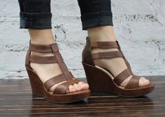 {Bolivar Wedge} nice lookin but at that price they can keep 'em- I saw some at Bealls VERY similar...