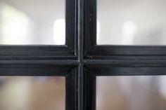 Stahlwerks Schlosserei bietet Arbeiten jeglicher Art an, sowie Entwurf und Fertigung von Treppen aus Metall, gerade oder/und gewendelt.