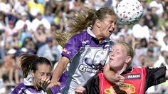 Newsela | Soccer legend Brandi Chastain pledges her brain to concussion research
