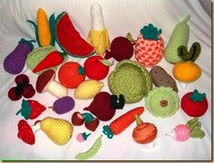 AMIGURUMI – FRUITS & VEGETABLES,  OK, I know this is not felt, but how cute is this?