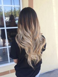 43 Pretty Women with Balayage Hair Colors - Haare - cheveux Brown Ombre Hair, Brown Hair Balayage, Ombre Hair Color, Hair Color Balayage, Brunette Color, Long Hair Colors, Edgy Hair Colors, Long Ombre Hair, Blonde Ombre