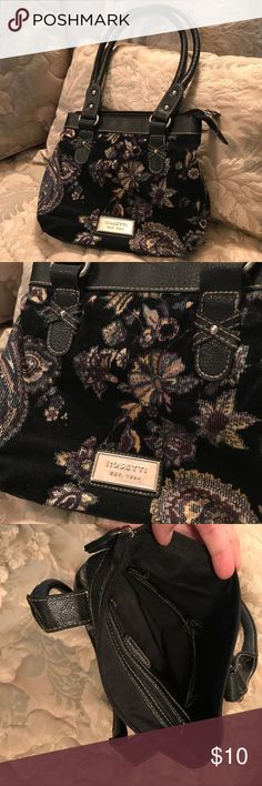 "Cute Mini ""carpet"" shoulder bag Adorable little shoulder bag. Vintage inspired. Mini carpet bag vibe. Rosetti Bags"