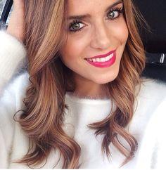 Hair color :: Julia Hengel Instagram