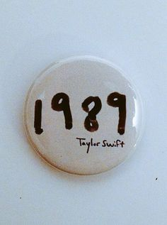 Taylor Swift 1989 button-2.25 inch pinback by FrantasticButtons